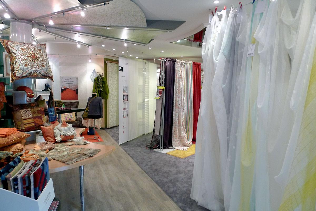 showroom_0072.jpg